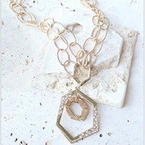 Jewelry - Gold Oval Chain Statement Necklace